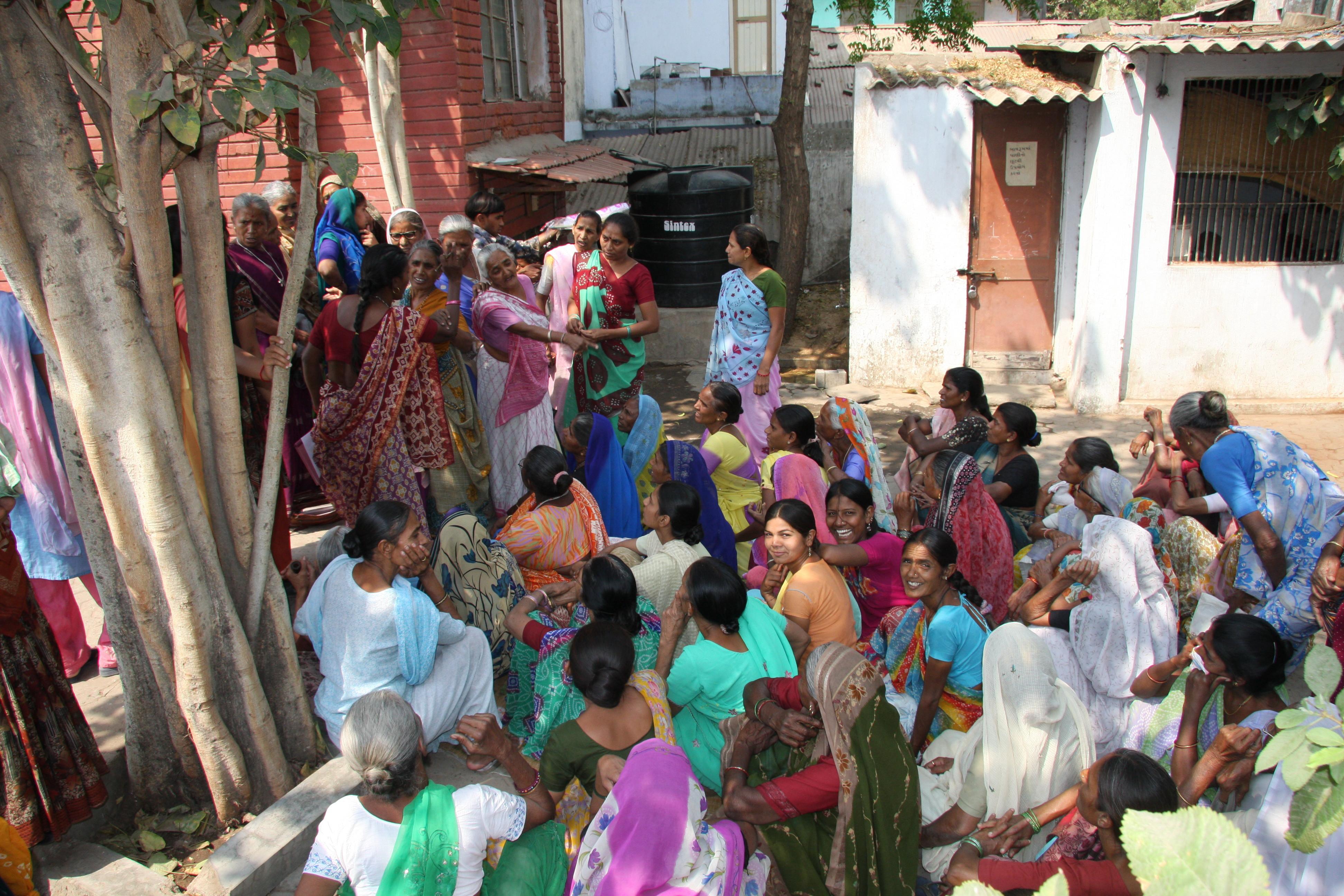 incontri con ragazza in Ahmedabad